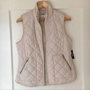 NWT Old Navy Cream Puffer Vest